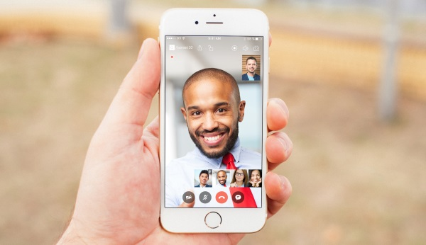 Gruveo group video call on iPhone 6